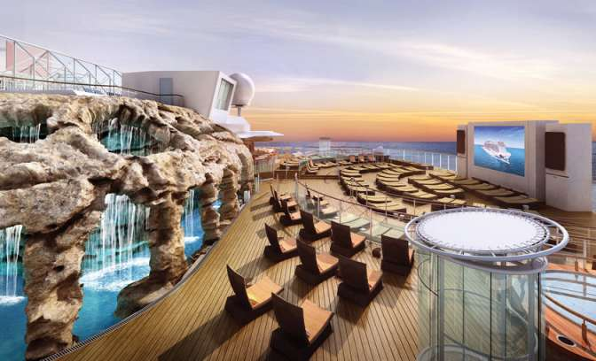 Buitentheater van Norwegian Escape