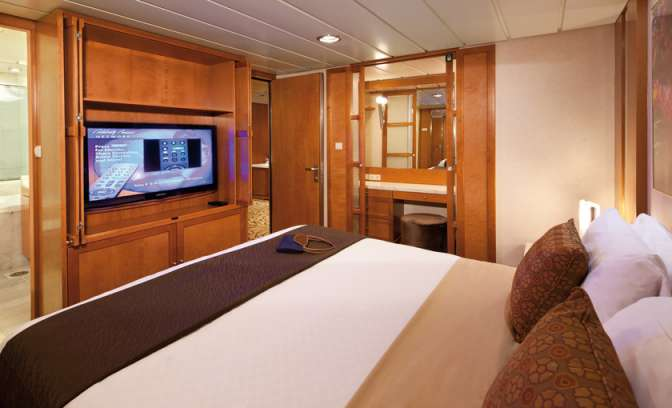 Celebrity Constellation suite